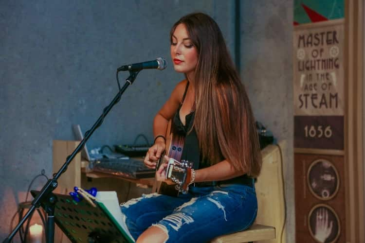 Singer-Songwriter Tate McRae and What Drives her on her Musical Endeavors